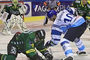 Pavel Patera// HC Vagnerplast Kladno - HC Energie Karlovy Vary, O2  ELH 2010/11, hráno 30.9.2010