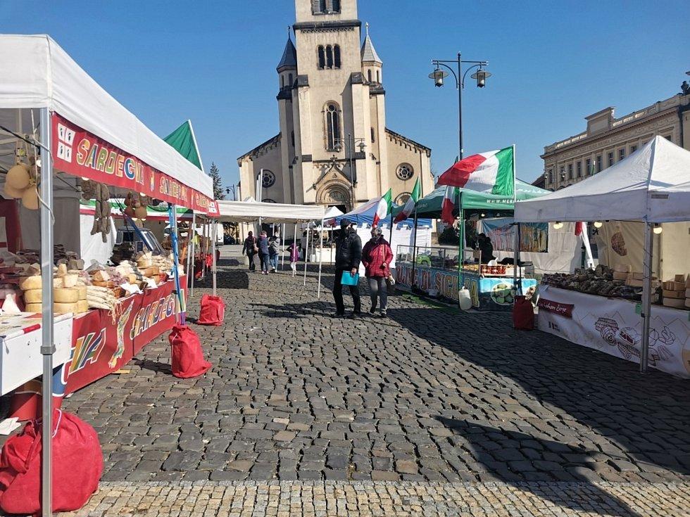 Vůně slunné Itálie se linou kladenským náměstím.