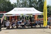 Polní den se konal ve družstvu Agra Řisuty na pracovišti v Ledcích.