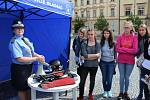Akce První pomoc pro všechny na náměstí v Kladně.