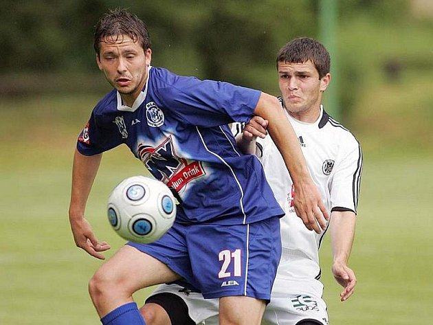 Kladenský fotbalista Dimitrij Tatanaschvili.