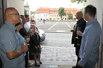 Vernisáž ve slánské galerii Dobeška - výstava Karel IV. - císař čtyř trůnů