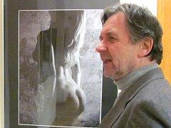 VÝSTAVA SNÍMKŮ členů fotografického kroužku FOKR bude v zámecké galerii k vidění až do 5. března.