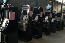 Výherní automaty k likvidaci.