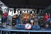 V rámci pátečního programu zahrály kapely Corpiclus, Dilemma In Cinema, Cover For Lovers, Deratizéři a Totální nasazení.