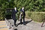 Pietní akt k uctění památky obětí II. světové války ve Slaném.