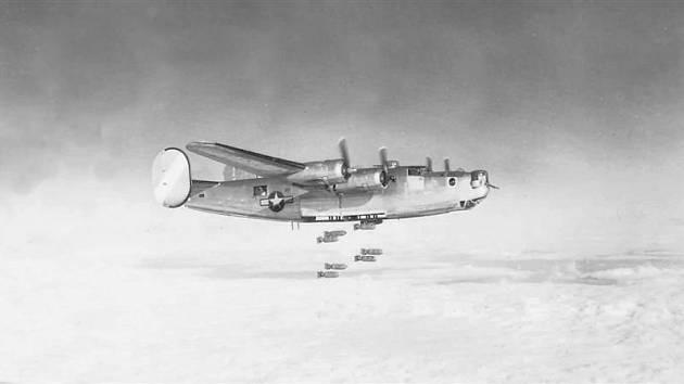 Nálet na Kladno  - konec války, duben 1945. Ilustrační