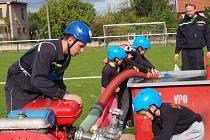Mladí hasiči ze Stehelčevsi na zářijových závodech ve Hřebči.