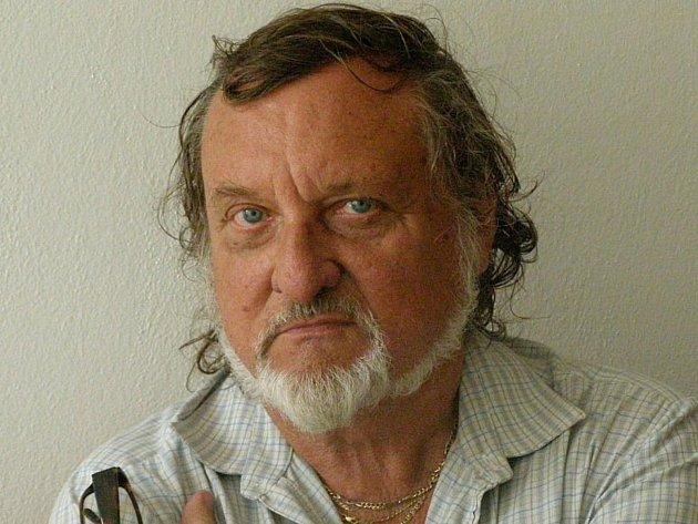 Přemysl Povondra (78), malíř, výtvarník, Kladno.