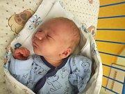 DAN JÜNGLING, SLANÝ. Narodil se 16. prosince 2017. Po porodu vážil 3,73 kg a měřil 54 cm. Rodiče jsou Michaela Stašeková a Daniel Jüngling. (porodnice Slaný)