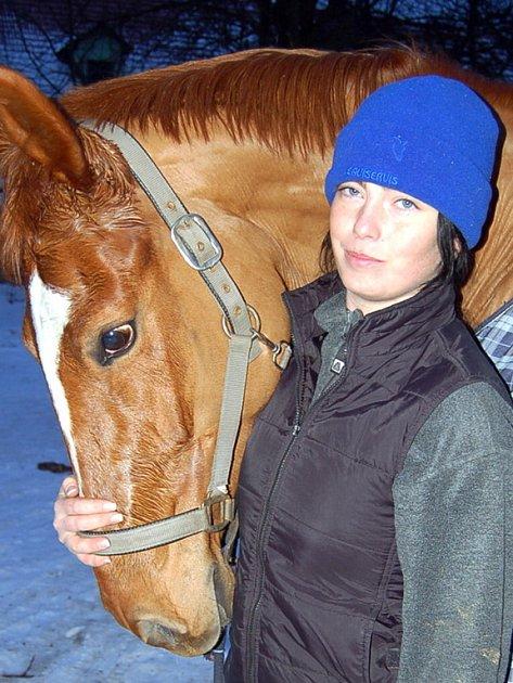 Andrea Metelková  se svou klisnou Natálkou.