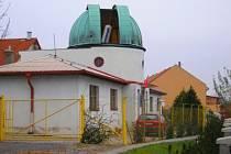 Městská hvězdárna ve Slaném slouží veřejnosti už od šedesátých let.