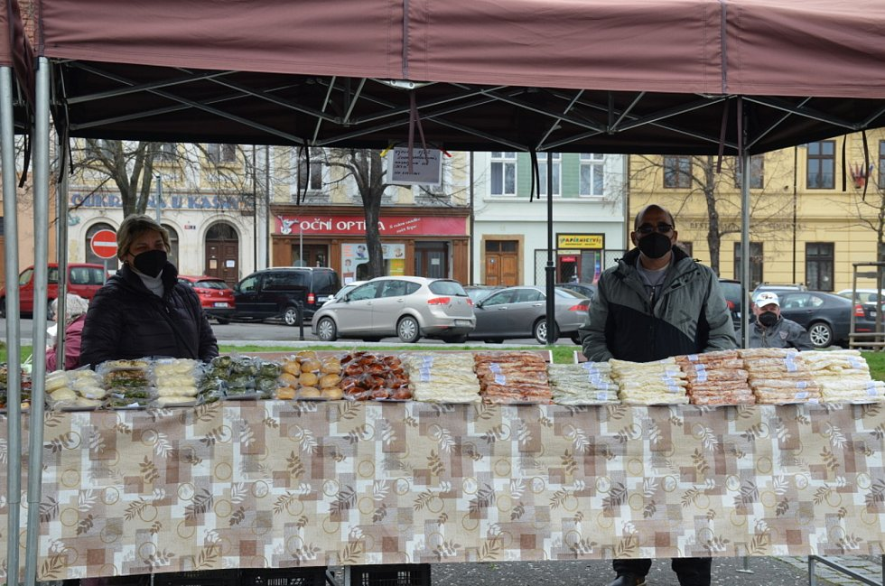Farmářské trhy ve Slaném.