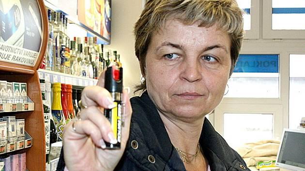 Přesto, že pepřový sprej bývá zbraní ženy, nájemkyně bytu kvůli útoku pocítila jeho účinky na vlastní kůži.