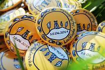 Vyvedené medaile, o než budou usilovat účastníci Louštínské čtyřhodinovky.