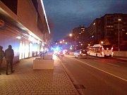 U Centralu v Kladně srazili chodkyni, odešla po svých.