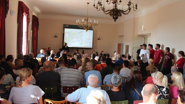 Hlasování o obchvatu Buštěhradu