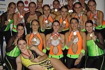 Všechny členky Aerobic Dancers Kladno.