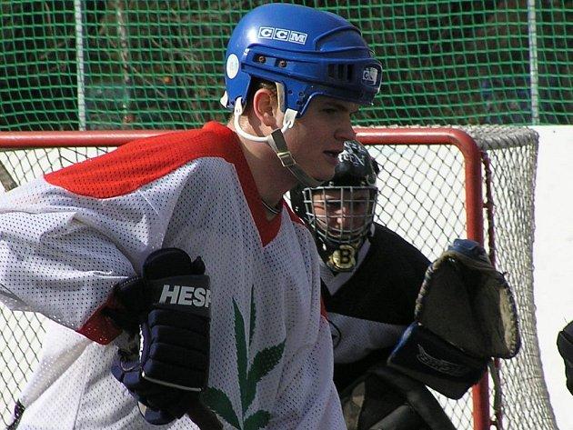 Marek Janeček z Narka patří k hvězdám okresní ligy.