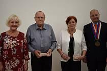 Stochovští ocenili letos tři významné občany.