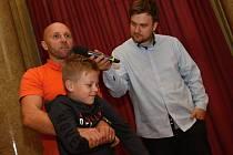 Kurz první pomoci Marka Hylebranta v rámci cyklu Učte se od profesionálů - činnost na místě dopravní nehody.