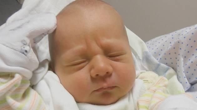Vojtěch Kapitán, Velvary. Narodil se 18. prosince 2015. Váha 3,24 kg, míra 50 cm. Rodiče jsou Jaroslava a Lukáš Kapitánovi (porodnice Slaný).