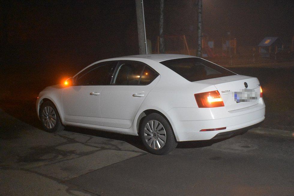 Celníci zadrželi ve Slaném zdrogovaného řidiče.