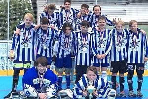 Tým 12.ZŠ Kladno obsadil ve finálovém turnaji Hokejbalu proti drogám druhé místo.