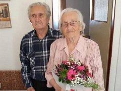 Manželé Olga a Miroslav Mauleovi z Kladna oslavili platinovou svatbu.