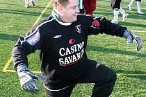 Když se nedaří, musí se sáhnout i do ho..., prohlásil braškovský kouč Jaroslav Želina, než se ve čtvrtém utkání svého týmu postavil do branky