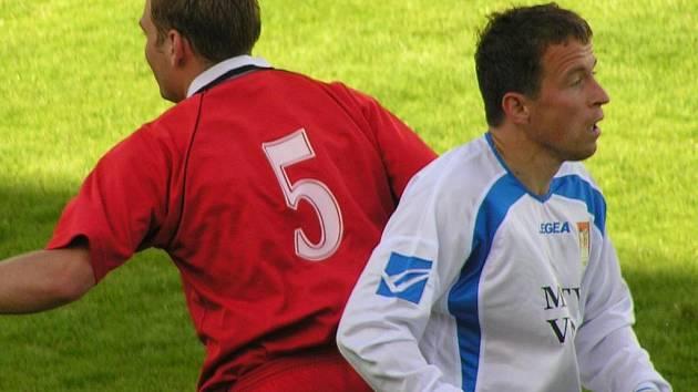 Josef Bauer (vpravo) gól nedal, ale dva skvěle připravil.