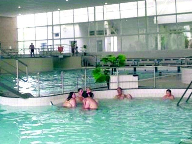 Slánský aquapark čeká rekonstrukce stejně jako zimní stadion