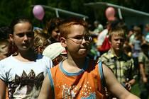Dětský den na fotbalovém hřišti Baníku Švermov