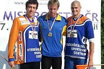 Stříbrný Martin Zikmund (zcela vlevo)