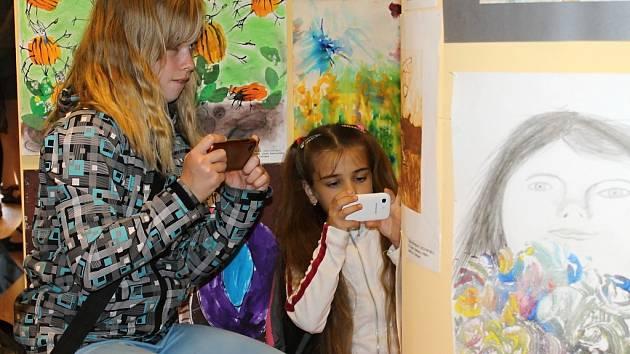 42. Mezinárodní výstava dětských výtvarných prací Lidice 2014