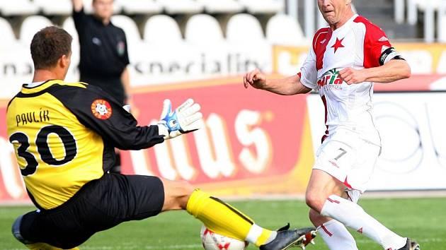 Stanislav Vlček si tentokrát proti Kladnu nezahraje kvůli zranění, zato Roman pavlík by chytat měl.