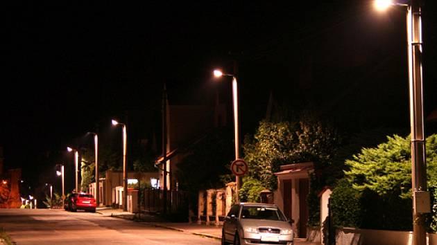 Nové osvětlení je příjemnější, ekonomické a šetrnější k životnímu prostředí.