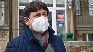 Slánská nemocnice zasažená britskou mutací covidu