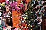 Náměstí před radnicí ožilo jarmarkem  - znělo hudbou a vonělo staročeskými lahůdkami.