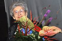Za Františka Kloze přebírala v roce 2011 čestné občanství jeho manželka Jindřiška Klozová.