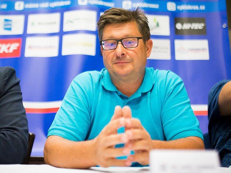 Karel Svoboda ze společnosti Toi Toi Cup se na cyklokrosové závody ve Slaném opět těší.