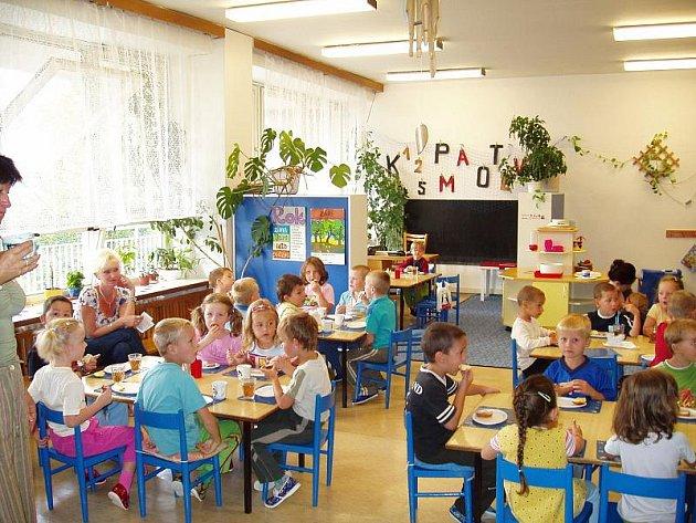 Děti ve školce U Divadla
