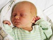 JAKUB KELLER, SLANÝ. Narodil se 20. listopadu 2017. Váha 3450 gramů, míra 51 cm. Rodiče jsou Michaela a Václav Kellerovi. (porodnice Slaný)
