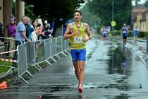 První vítězství pro Kladno v novém ročníku atletické extraligy zaznamenal v předsunutých chodeckých závodech Vít Hlaváč.