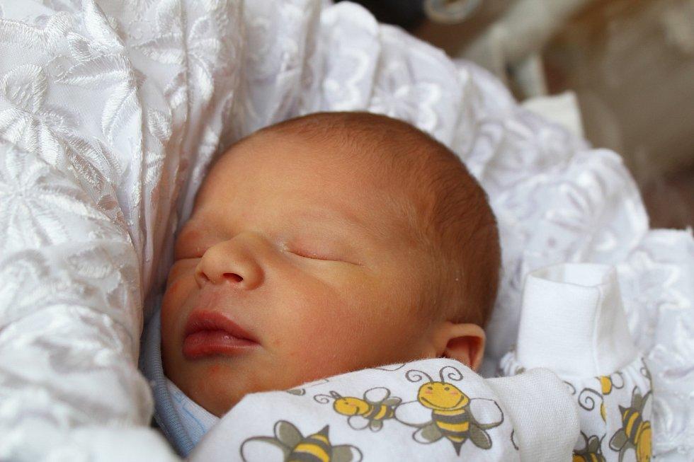 Stanislav Beránek, Tuchlovice. Narodil se 7. dubna 2017. Váha 3,12 kg, míra 47 cm. Rodiče jsou Katarina Beránková a Stanislav Beránek. (porodnice Kladno).