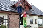 Již pátým rokem vyrábějí v Žilině čarodějnice, loni jich v obci napočítali třiašedesát.