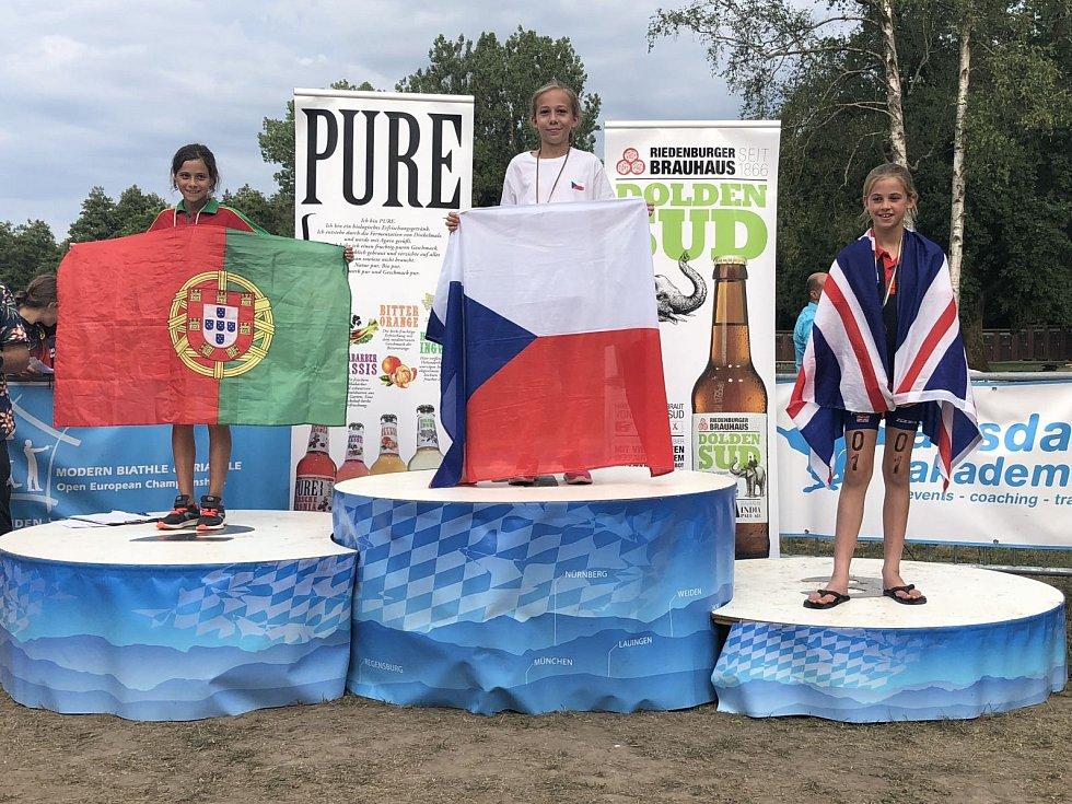 Neúspěšnější zástupkyní celé české výpravy se stala 11letá Barbora Míková z Hýskova