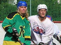 Ve vyrovnané sérii Black Casino - Dynamo na sebe narazili také Pavel Majer (vlevo) s Jakubem Zahradníkem.