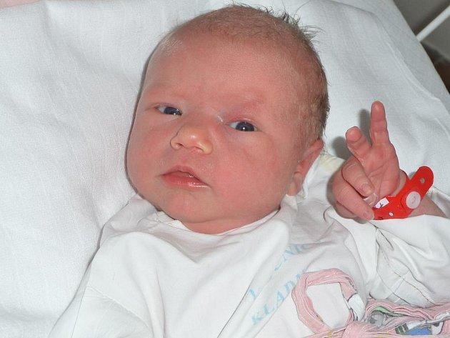 Natálie Petráčková, Velké Přítočno. Narodila se 23. února 2012. Váha 3,16 kg, míra 49 cm. Rodiče jsou Tereza Petráčková a Petr Kuchynka (porodnice Kladno)