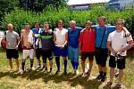 Legendu slánského fotbalu Josefu Knesplovi pozdravit jeho skvělí svěřenci, s nimiž hrál o postup do ligy.
